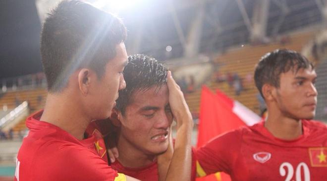 U19 Viet Nam thua Thai Lan 0-6 o tran chung ket hinh anh