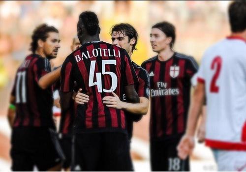 Balotelli cua long ghi ban giup Milan thang Mantova 3-2 hinh anh
