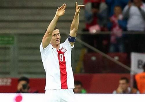 Tong hop tran dau: DT Ba Lan 8-1 DT Gibraltar hinh anh