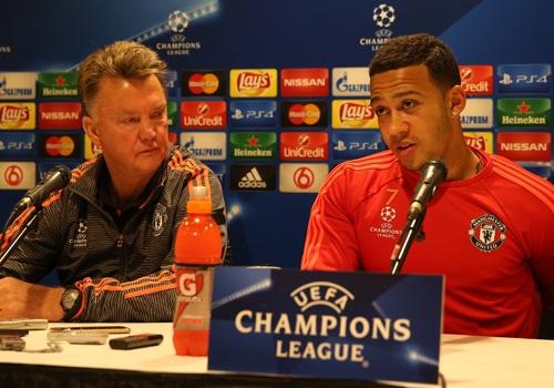 Van Gaal: 'MU hoa tren san PSV la ket qua tot' hinh anh