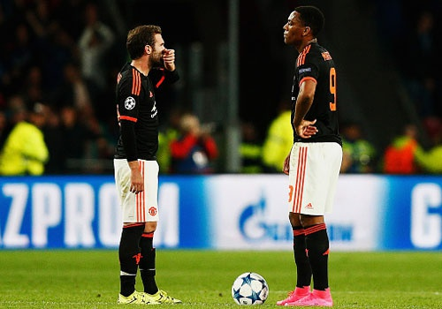 5 cau thu MU thi dau thieu thuyet phuc o tran thua PSV hinh anh