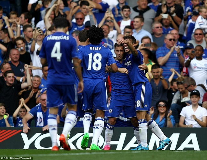 Arsenal guc nga trong tran dai chien voi Chelsea hinh anh 13