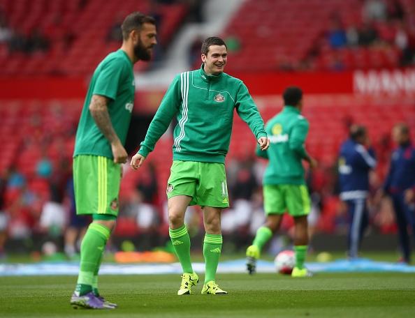 MU 3-0 Sunderland: 'Quy do' len ngoi dau bang hinh anh 5