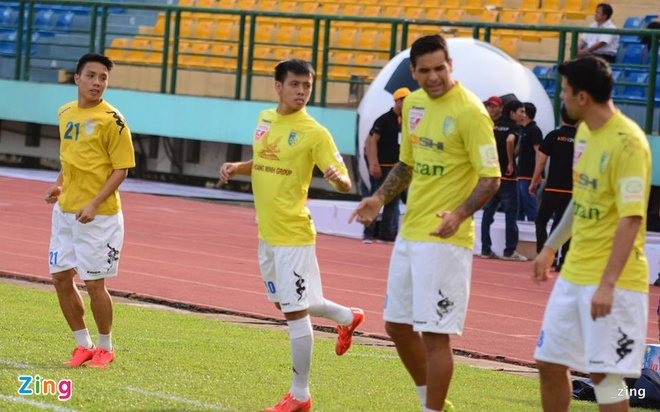 Thang Ha Noi T&T 4-2, Binh Duong doat Cup quoc gia hinh anh 6