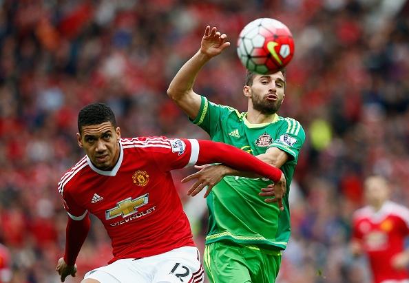 MU 3-0 Sunderland: 'Quy do' len ngoi dau bang hinh anh 11
