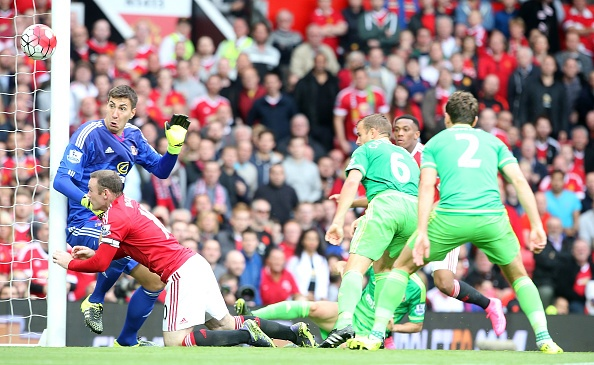 MU 3-0 Sunderland: 'Quy do' len ngoi dau bang hinh anh 21