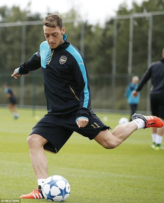 Arsene Wenger tuyen bo Arsenal phai thang Olympiacos hinh anh 7