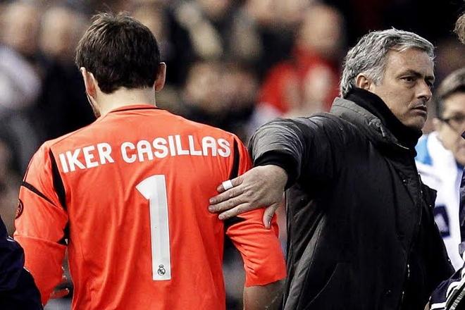 Tai ngo Casillas, Mourinho doi mat ky uc hai hung hinh anh 1