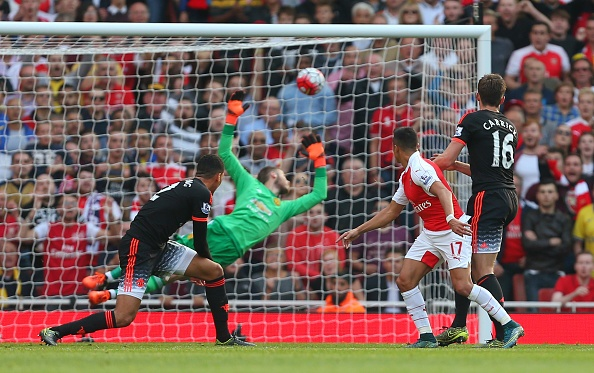Sanchez, Oezil ghi ban giup Arsenal thang MU 3-0 hinh anh 25