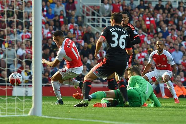 Sanchez, Oezil ghi ban giup Arsenal thang MU 3-0 hinh anh 26