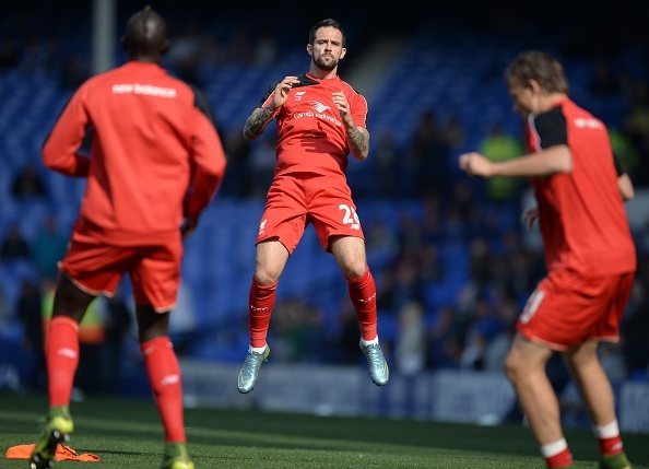 Everton 1-1 Liverpool: Rodgers doi dien giong bao hinh anh 11