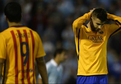 Pique: 'Barcelona dang nho Lionel Messi' hinh anh