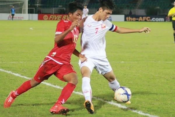 Ban thang cua Duc Chinh vao luoi U19 Myanmar hinh anh