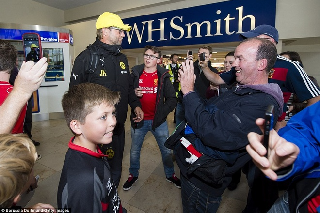 Fan Liverpool chao don Klopp nong nhiet o Anfield nam 2014 hinh anh 1