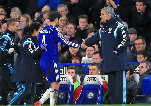 Fabregas: 'Mourinho la huan luyen vien gioi nhat o Chelsea' hinh anh