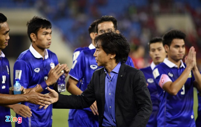 Tuyen Viet Nam buon ba sau that bai 0-3 truoc Thai Lan hinh anh 10