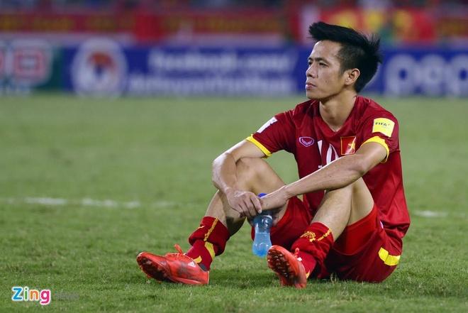 Tuyen Viet Nam buon ba sau that bai 0-3 truoc Thai Lan hinh anh 4