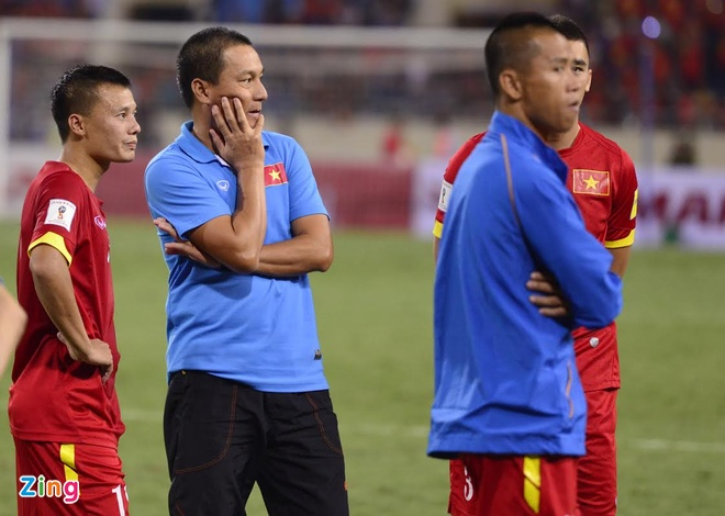 Tuyen Viet Nam buon ba sau that bai 0-3 truoc Thai Lan hinh anh 7