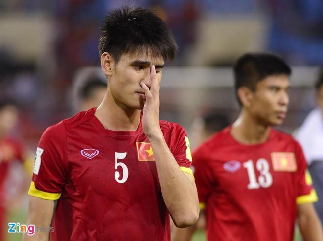 Tuyen Viet Nam buon ba sau that bai 0-3 truoc Thai Lan hinh anh 1