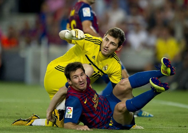 Iker Casillas tiet lo doi thu dang so nhat hinh anh 1