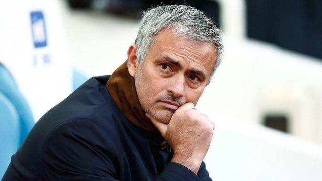 Mourinho va cai chet cua than chien tranh hinh anh 1