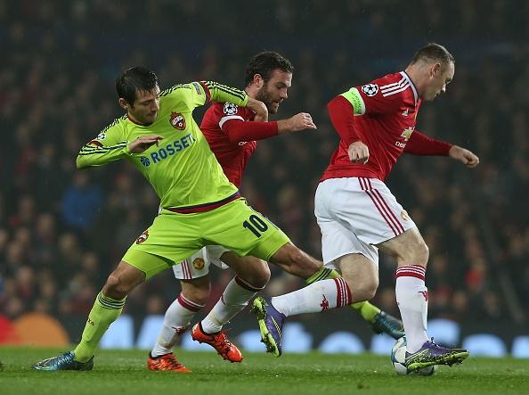 Rooney giup MU dan dau bang B Champions League hinh anh 15