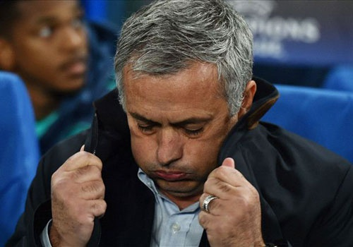 Nhung van de cua Chelsea can duoc Mourinho giai quyet som hinh anh