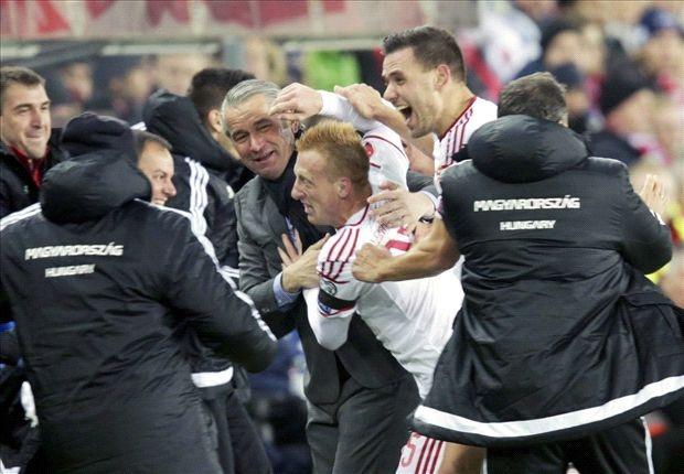 Tien ve 21 tuoi giup Hungary thang luot di play-off EURO hinh anh