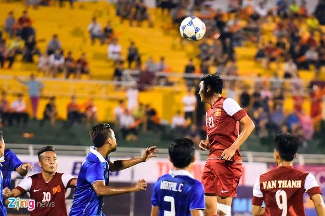 Thang Thai Lan 4-2, U21 VN len ngoi dau bang A hinh anh 9