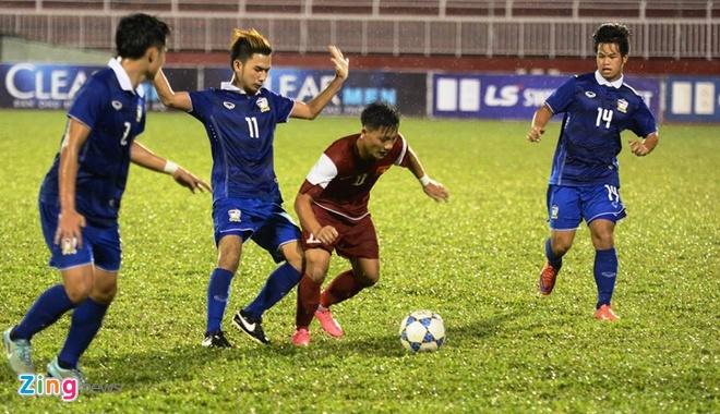 Thang Thai Lan 4-2, U21 VN len ngoi dau bang A hinh anh 13