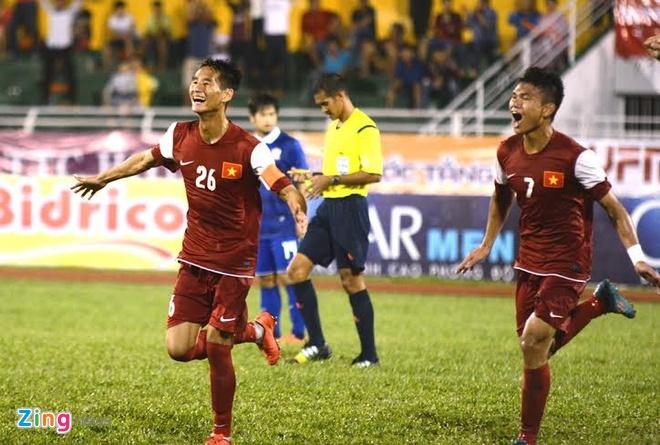 Thang Thai Lan 4-2, U21 VN len ngoi dau bang A hinh anh 1