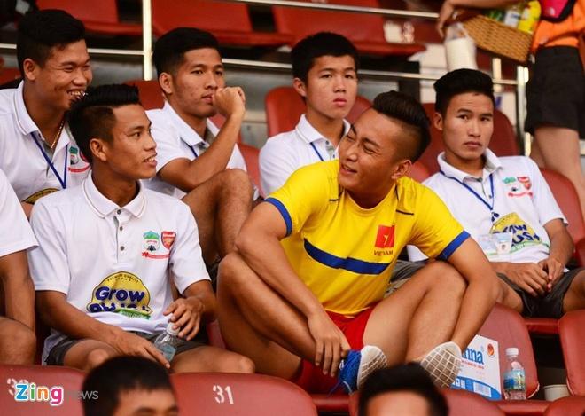 Thang Thai Lan 4-2, U21 VN len ngoi dau bang A hinh anh 4