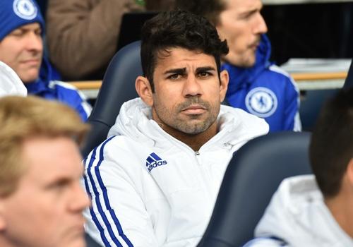 Diego Costa nem ao tap ve phia Mourinho hinh anh