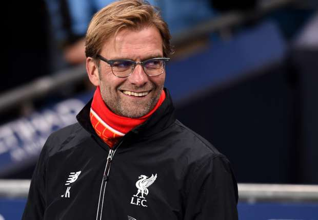 Klopp: 'Dung nghi ngo tham vong gianh cup cua Liverpool' hinh anh