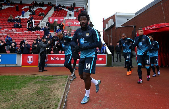 Thua Stoke 0-2, Man City mat ngoi dau bang hinh anh 12