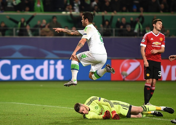 Thua Wolfsburg 2-3, MU dung buoc o Champions League hinh anh 21