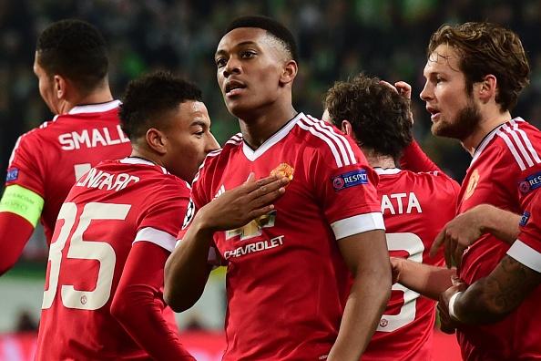 Thua Wolfsburg 2-3, MU dung buoc o Champions League hinh anh 13