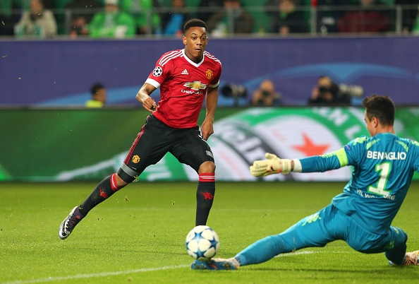 Thua Wolfsburg 2-3, MU dung buoc o Champions League hinh anh 12