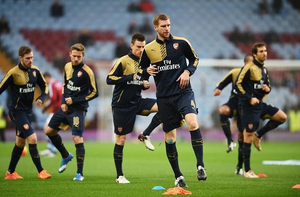 Giroud va Ramsey dua Arsenal len ngoi dau bang hinh anh 10