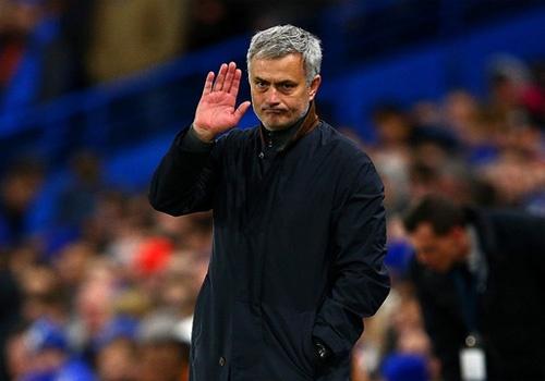 Dong nghiep soc khi Jose Mourinho mat viec hinh anh