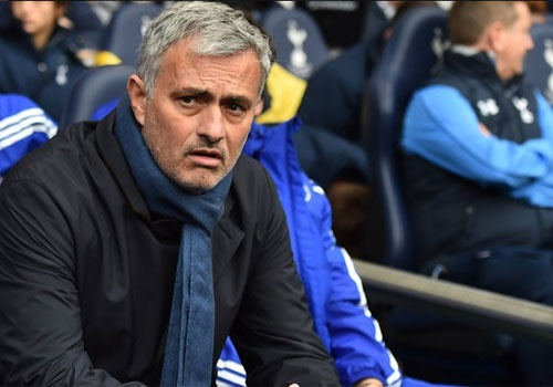 Het that roi 'Nguoi dac biet' Mourinho hinh anh
