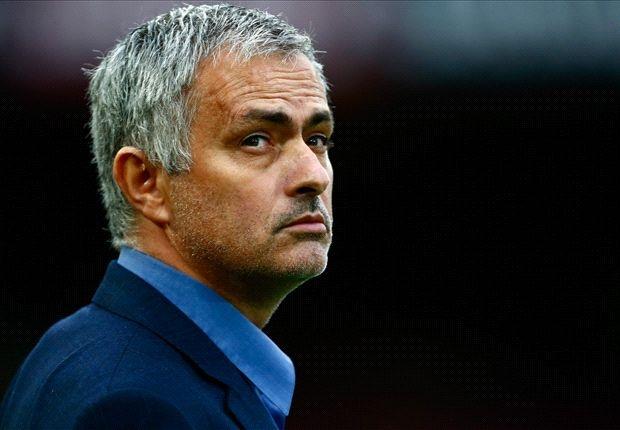 Diem tin: Mourinho muon dan dat MU hinh anh 1