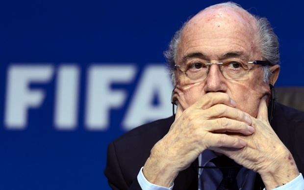 Sepp Blatter: 'Toi chi la nan nhan' hinh anh 6