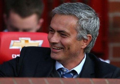 Diem tin: Mourinho giam nua luong neu den MU hinh anh 1