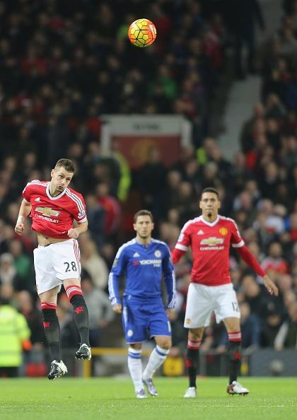 Xa ngang va cot doc khien MU khong the thang Chelsea hinh anh 18