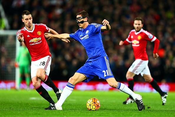 Xa ngang va cot doc khien MU khong the thang Chelsea hinh anh 27