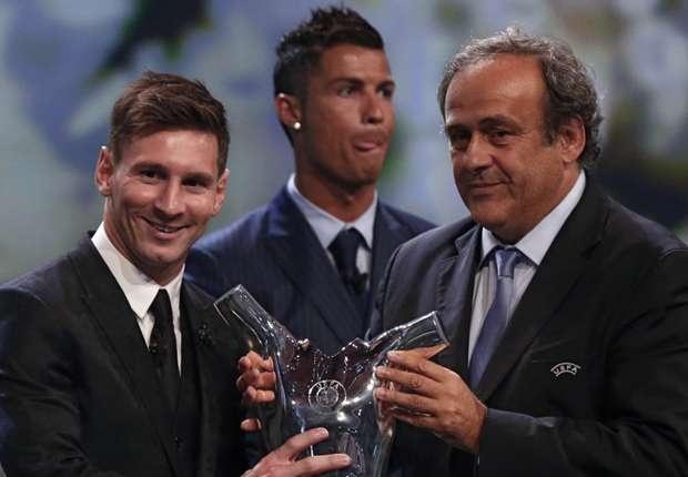 Diem tin: Messi toan dien hon Ronaldo hinh anh 1