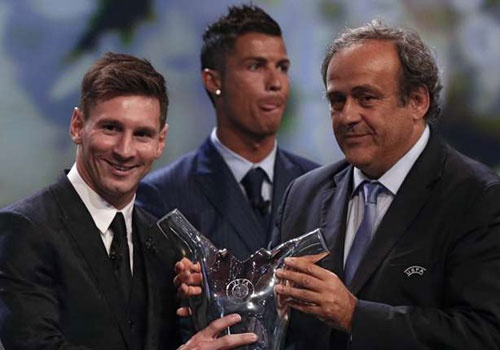 Diem tin: Messi toan dien hon Ronaldo hinh anh