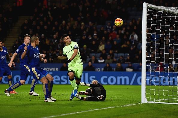 Tong hop tran dau: Leicester City 0-0 Man City hinh anh