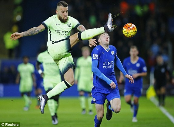 Man City can Leicester tro lai ngoi dau Premier League hinh anh 11